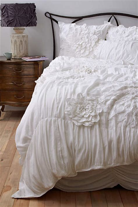 anthropologie bedding sale anthropologie bedding sale save 25 on duvet covers