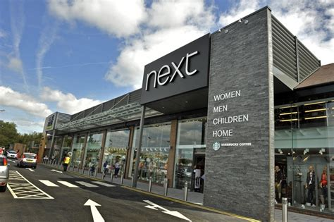 exterior design boutiques attract visitors 6 retail