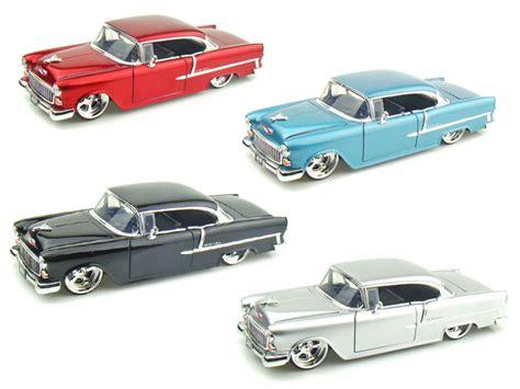 Miniatur Mobil Pontiac Gto 1969 Merah Skala 1 24 Welly Diecast jual diecast menjual berbagai macam diecast miniatur diecastkingdom