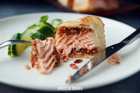 Reader Recipe Salmon With Puff Pastry And Pesto by 1000 Ideas About Salmon In Puff Pastry On