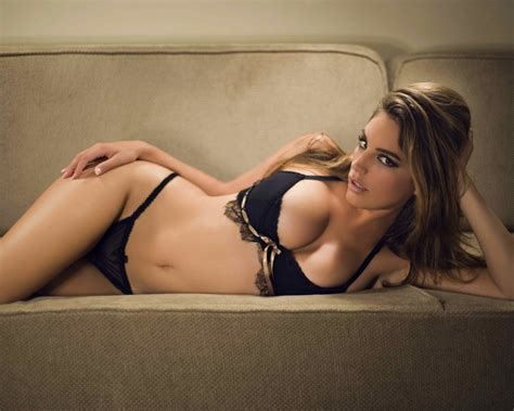 black couch porn model super hot girl in lingerie bikini super sexy hot