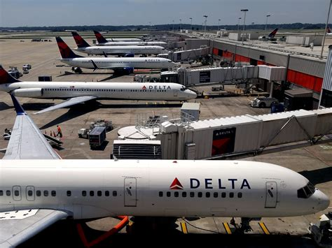 flying with a delta delta accidentally updates to a developer version of its fly delta app android central