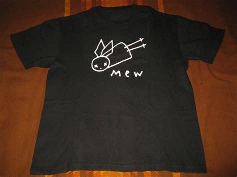 T Shirt Mew nostalgeec a merchandise