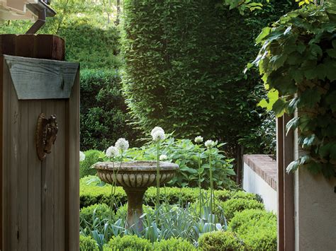 landscaping ideas front yard backyard southern living
