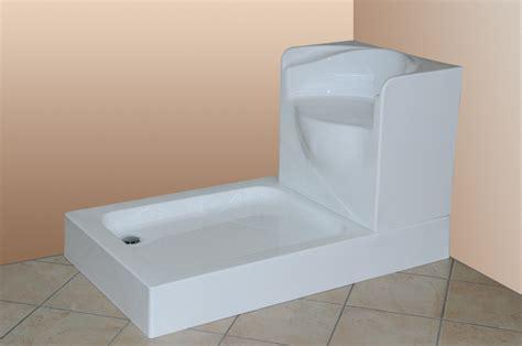 box doccia con sedile spazio vasca