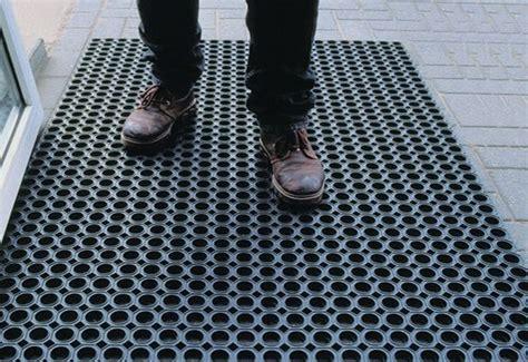 Commercial Walk Mats by Flooring Materials Import Export Wholesale Sharjah