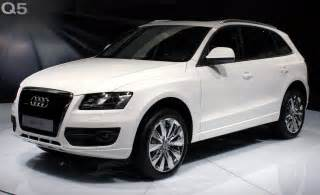 file audi q5 front white moscow autoshow 2008 27 08 jpg wikimedia commons