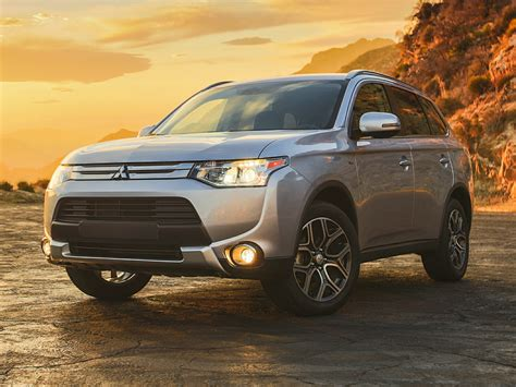 2015 mitsubishi outlander 2015 mitsubishi outlander price photos reviews features