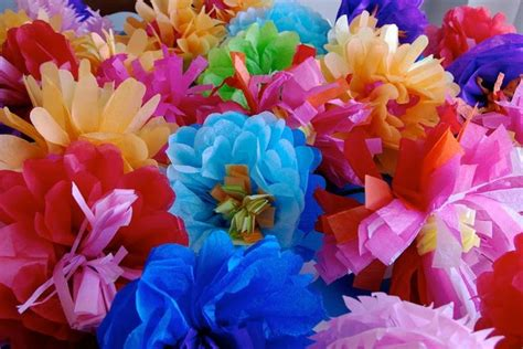 How To Make Mexican Decorations With Tissue Paper - diy mexican tissue paper flowers day of the dead