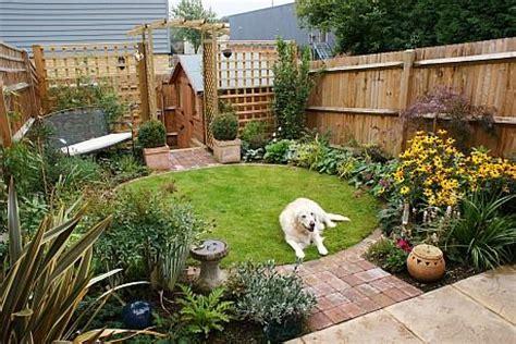 low cost backyard ideas 17 best images about garden ideas on pinterest gardens