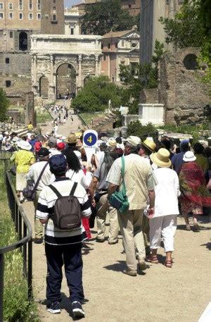 tassa di commercio bilancio ancora nuove tasse colpiti commercio e turismo