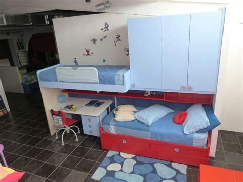 da letto con scrivania battistella cameretta klou xl soppalco con 3 letti