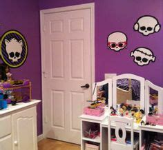 monster high wallpaper for bedroom walls 1000 images about monster high room ideas on pinterest