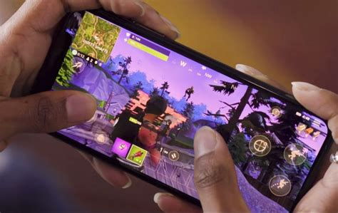 fortnite phone here s your look at fortnite mobile gameplay slashgear