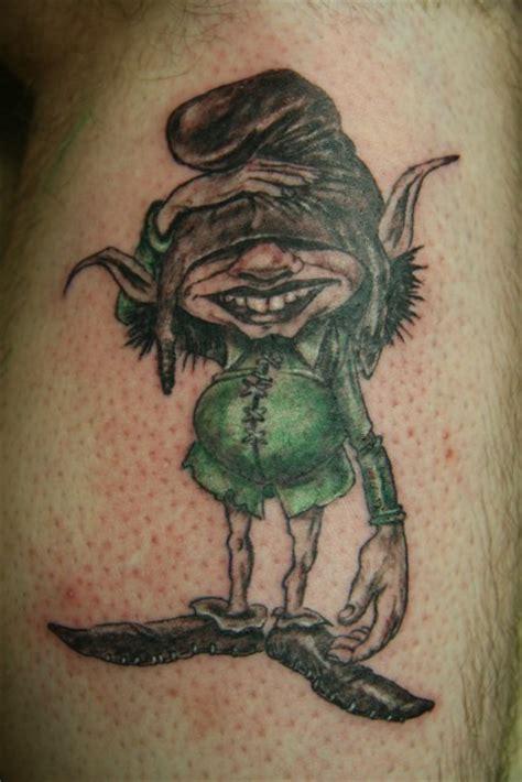 tattoo hand troline seimy troll tattoos von tattoo bewertung de