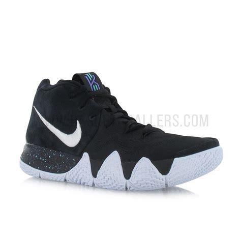 Sepatu Basket Nike Kyrie 4 Black White nike kyrie 4 black white basket4ballers