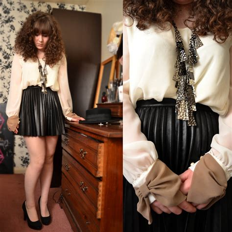 steph banks h m leather pleated skirt gift necklace