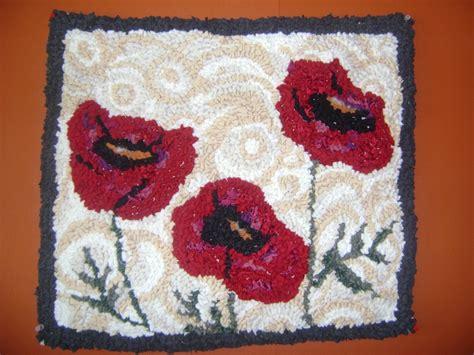 make a felt rug 468 best rug hooking the of traditional hooked rug images on