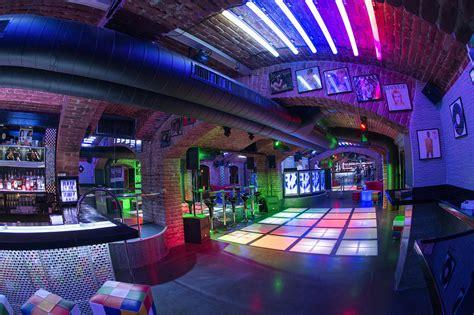 Prague Nightlife   Best Bars, Clubs & Pubs