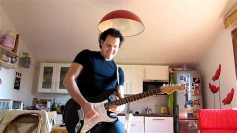 vasco la noia assolo di la noia vasco con la chitarra elettrica