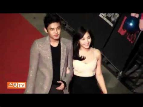 yoo ah in red carpet 101209 yoo ah in park min young golden disc red carpet