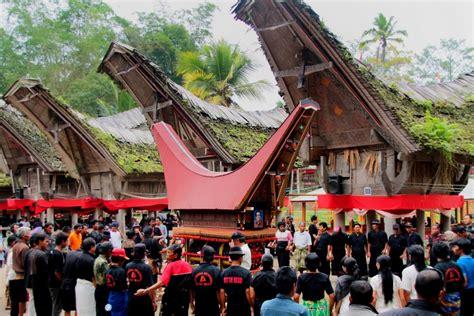 mengenal upacara rambu solo ritual pemakaman  toraja