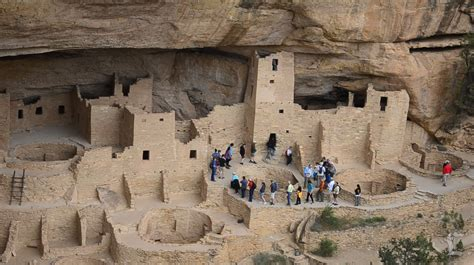 the cliff dwellers of the mesa verde southwestern colorado their pottery and implements classic reprint books a minute away colorado cliff dwellings mesa verde