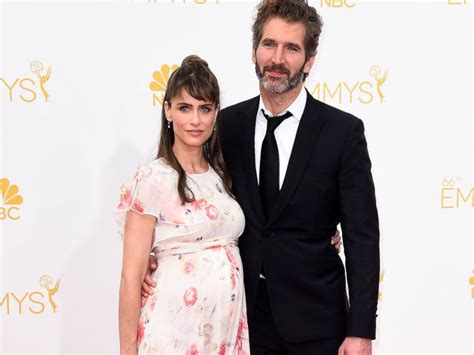 actress married to game of thrones writer amanda peet told her husband game of thrones was