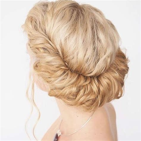 Hairstyles For Hair Updos Easy by 60 Easy Updos For Medium Length Hair