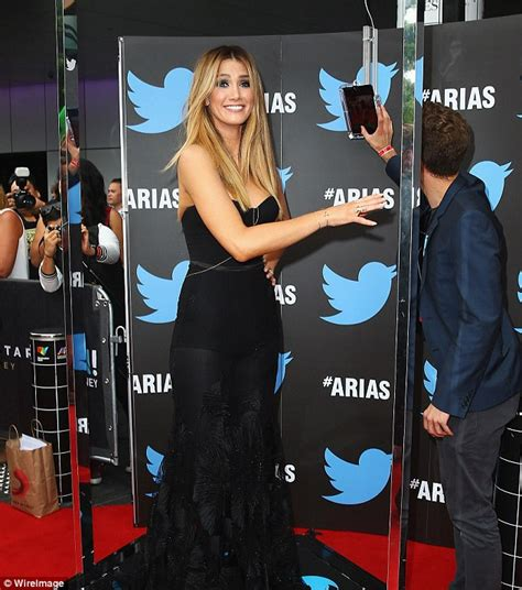 Pulls Out Of Country Awards by Delta Goodrem S Health Concerns After She Pulled Out Of