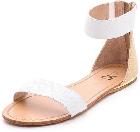 yosi samra sandals yosi samra cambelle flat sandals blackmisty in white