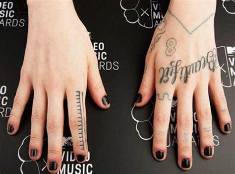 grimes tattoos tatuajes grimes