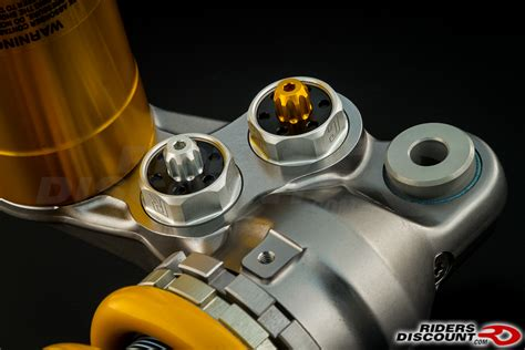 Shock Ohlins Motogp Ohlins Ttx Gp Shock For The 2015 Yamaha R1 Yamaha R1