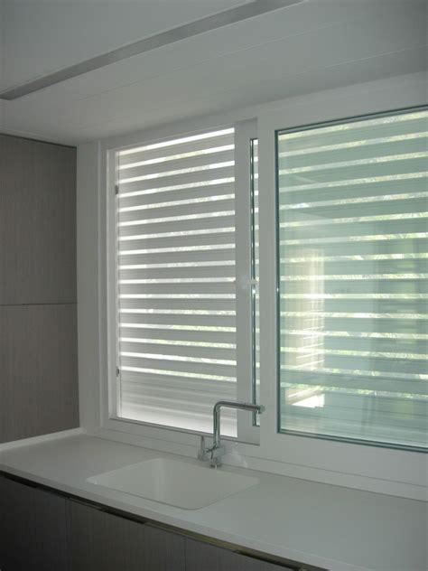 persiana para ventana ventana de pvc con persiana microperforada ventanas
