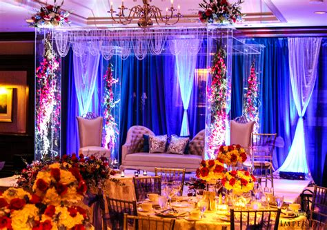 Floral Decoration For Indian Wedding by Floral Magic Imperial Decor