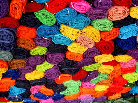 pictures in color file color fabrics jpg wikimedia commons