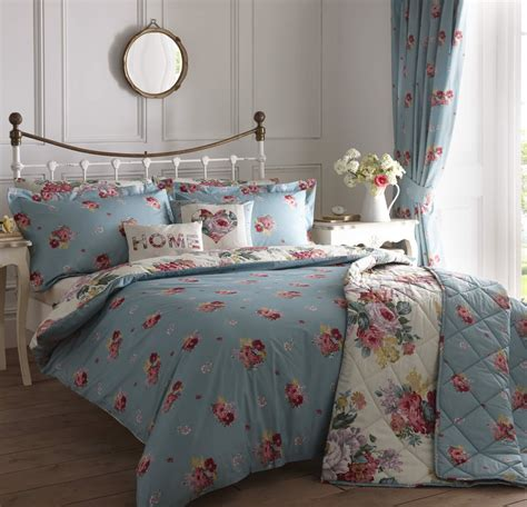 vintage comforters and bedding camberley vintage style reversible floral duvet cover easy