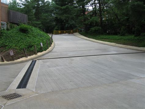 deciding between a concrete or asphalt driveway