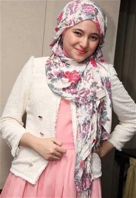 tren hijab foto gambar video tren hijab lebaran 2 di femalist com