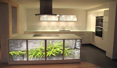 glasfront küche wohnzimmer mit esszimmer