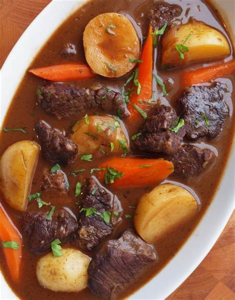 beef stew recoipe beef stew with carrots potatoes