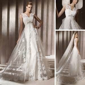 Modern design lace casual beach spanish style front slit wedding dress