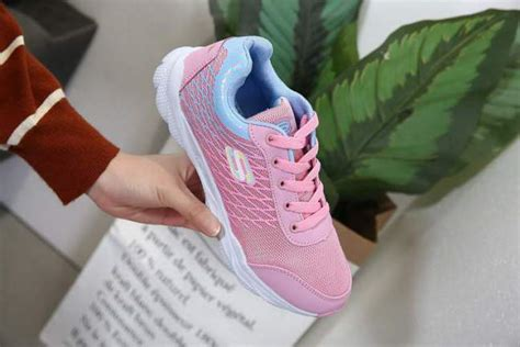 Sepatu Sport Adidas Wanita Terbaru sepatu wanita skecher sport 175 terbaru murah 2018 semi