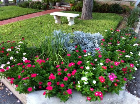 corner flower bed ideas 17 best ideas about corner flower bed on pinterest yard