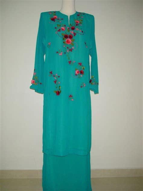 Sulam Leher Baju Kurung sulaman cantik contoh baju kurung sulam siap