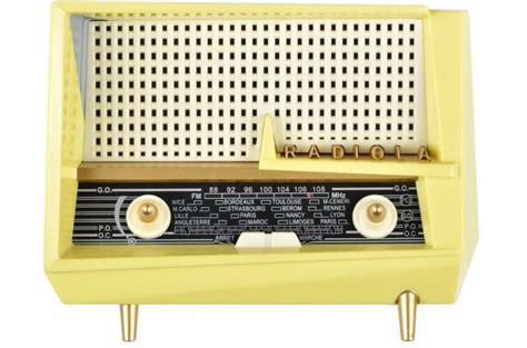 radio fm la chaise longue vintage le corbusier enceinte