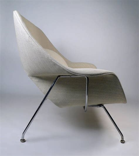 womb sofa womb sofa by eero saarinen for knoll for sale at 1stdibs