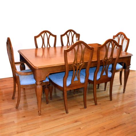 Traditional Dining Table And Chairs Traditional Oak Dining Room Table And Chairs Ebth