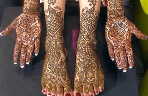 gambar motif henna pengantin tangan  kaki sederhana