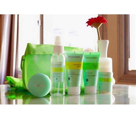 Wardah Paket Umrah Haji halal cosmetics singapore wardah haji umrah package